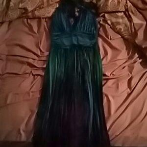 Dresses & Skirts - short dress. ties around neck.